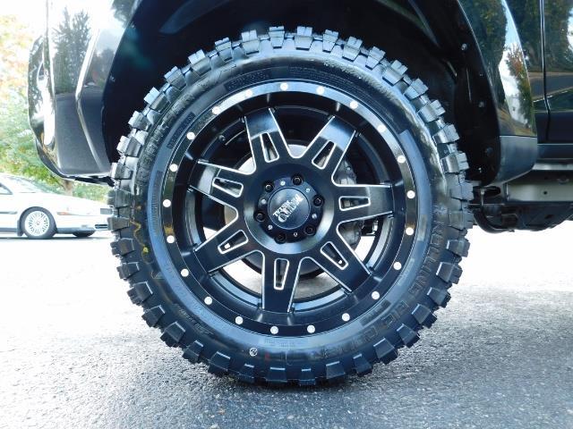 2016 Toyota 4Runner SR5 / 4WD / Navi / Backup Camera/ LIFTED LIFTED - Photo 20 - Portland, OR 97217