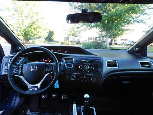 2013 Honda Civic Si / Spoiler / Sunroof / 6-SPEED MANUAL / 1-OWNER - Photo 35 - Portland, OR 97217