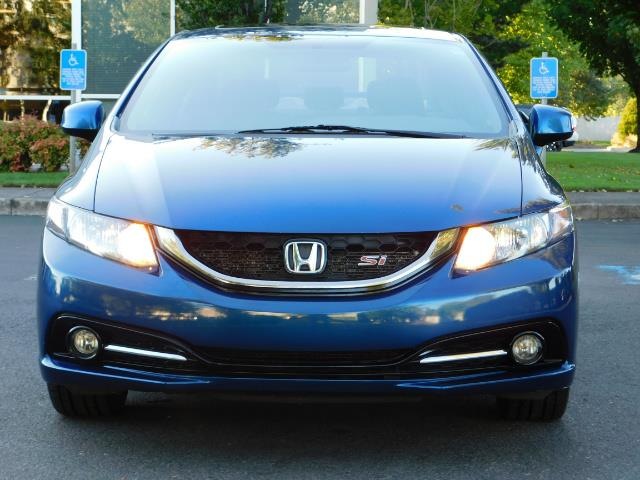 2013 Honda Civic Si / Spoiler / Sunroof / 6-SPEED MANUAL / 1-OWNER - Photo 5 - Portland, OR 97217