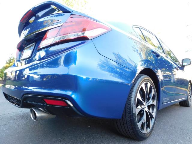 2013 Honda Civic Si / Spoiler / Sunroof / 6-SPEED MANUAL / 1-OWNER - Photo 9 - Portland, OR 97217