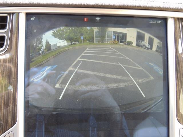 2013 Tesla Model S Signature 85kWh / Panorama Roof / Navigation / - Photo 24 - Portland, OR 97217