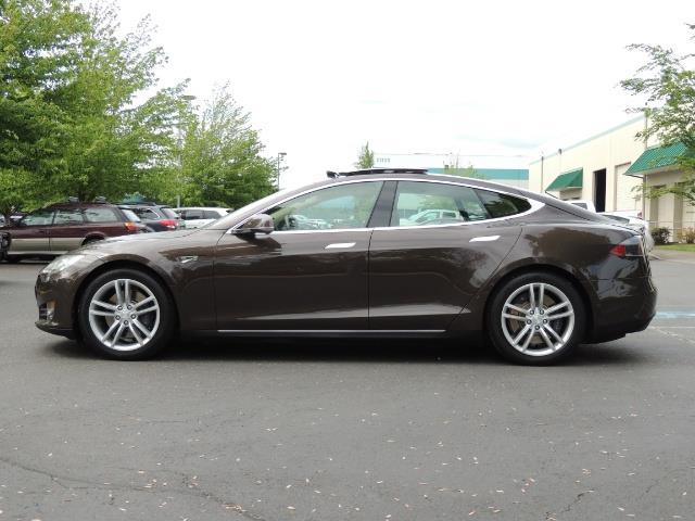2013 Tesla Model S Signature 85kWh / Panorama Roof / Navigation / - Photo 3 - Portland, OR 97217