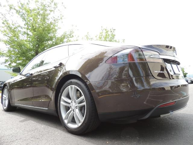 2013 Tesla Model S Signature 85kWh / Panorama Roof / Navigation / - Photo 11 - Portland, OR 97217