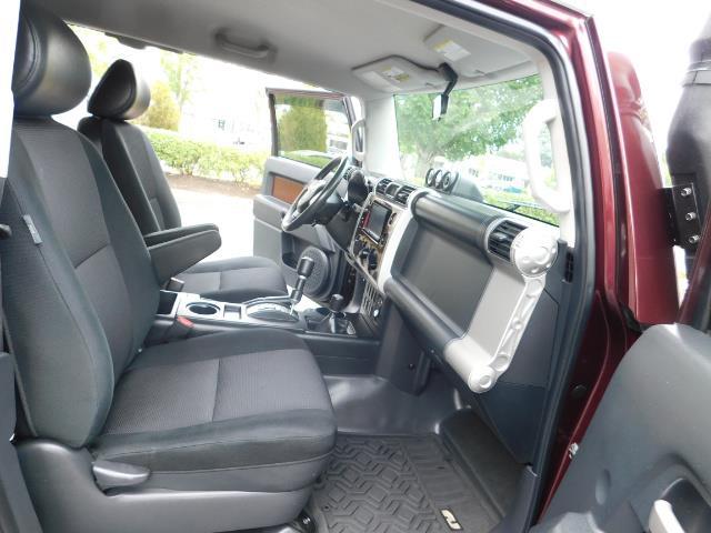 "2007 Toyota FJ Cruiser 4WD V6 DIFF LOCK 20 "" WHEELS / NAVIGATION / LIFTED - Photo 15 - Portland, OR 97217"