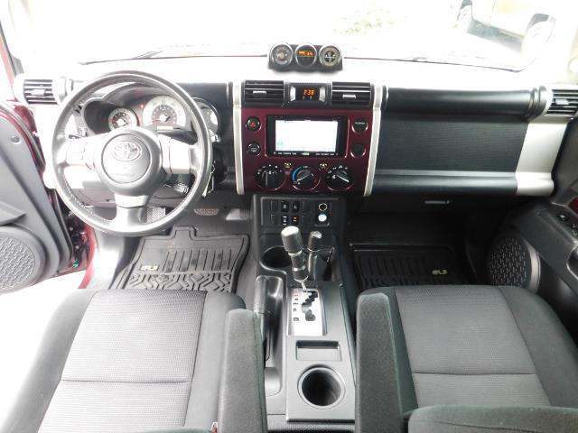 "2007 Toyota FJ Cruiser 4WD V6 DIFF LOCK 20 "" WHEELS / NAVIGATION / LIFTED - Photo 16 - Portland, OR 97217"