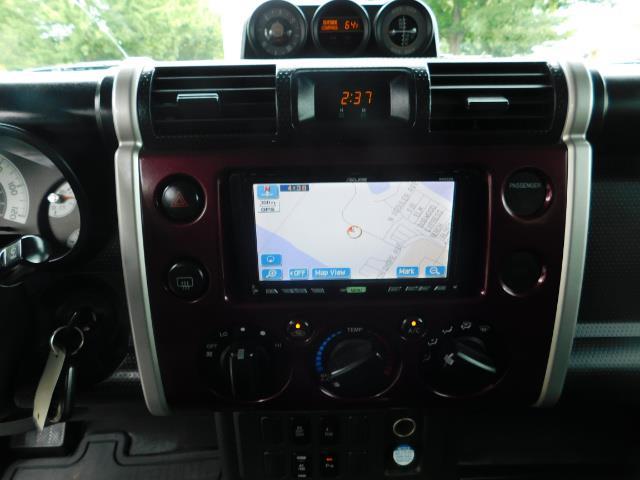 "2007 Toyota FJ Cruiser 4WD V6 DIFF LOCK 20 "" WHEELS / NAVIGATION / LIFTED - Photo 17 - Portland, OR 97217"