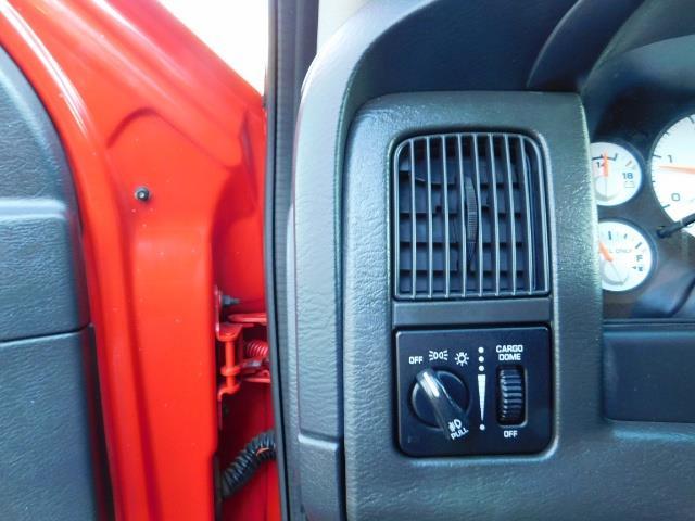 2005 Dodge Ram 2500 SLT / 4X4 / HO 5.9 L CUMMINS DIESEL / LIFTED !! - Photo 38 - Portland, OR 97217