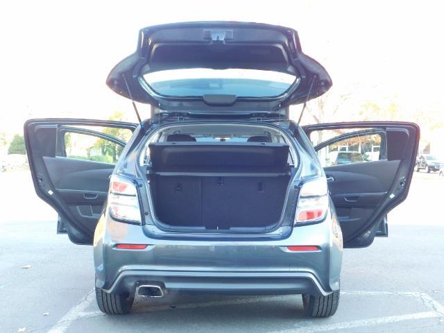 2017 Chevrolet Sonic LT Hatchback RS Pkg / BackUp CAM / FULL  WARRANTY - Photo 26 - Portland, OR 97217