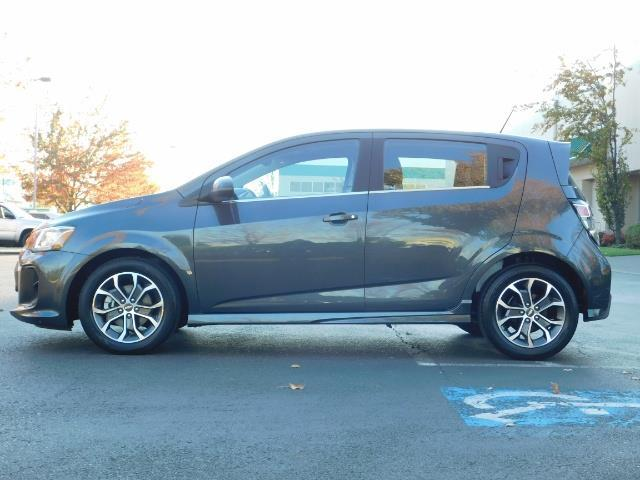 2017 Chevrolet Sonic LT Hatchback RS Pkg / BackUp CAM / FULL  WARRANTY - Photo 3 - Portland, OR 97217