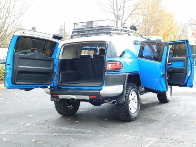 2007 Toyota FJ Cruiser 4WD V6 4.0L / DIFF LOCK / MOON ROOF / LIFTED !! - Photo 27 - Portland, OR 97217