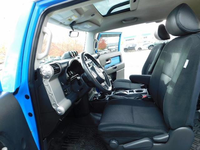 2007 Toyota FJ Cruiser 4WD V6 4.0L / DIFF LOCK / MOON ROOF / LIFTED !! - Photo 14 - Portland, OR 97217