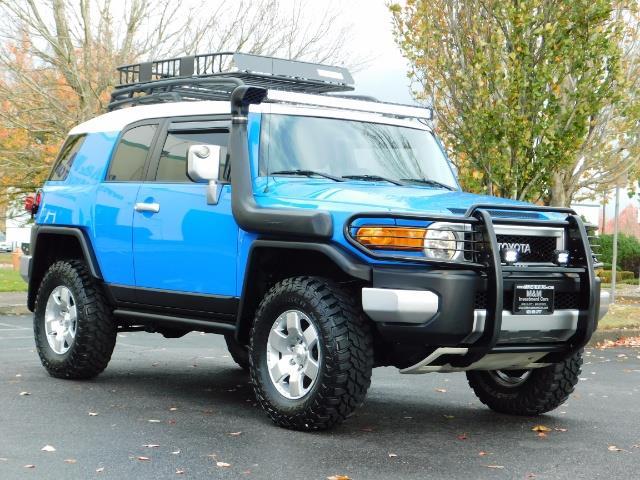 2007 Toyota FJ Cruiser 4WD V6 4.0L / DIFF LOCK / MOON ROOF / LIFTED !! - Photo 2 - Portland, OR 97217