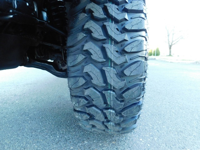 """2016 Toyota Tacoma Double Cab 4WD 1-Owner LIFTED 33 """"MUD FactroyWarnty - Photo 20 - Portland, OR 97217"""