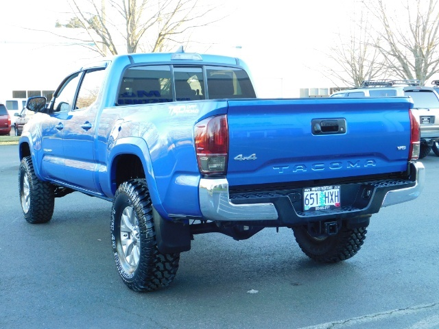 """2016 Toyota Tacoma Double Cab 4WD 1-Owner LIFTED 33 """"MUD FactroyWarnty - Photo 6 - Portland, OR 97217"""