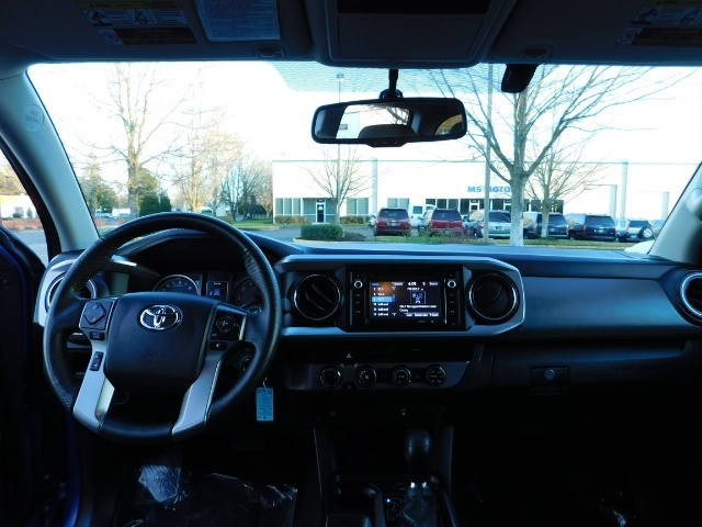 """2016 Toyota Tacoma Double Cab 4WD 1-Owner LIFTED 33 """"MUD FactroyWarnty - Photo 35 - Portland, OR 97217"""
