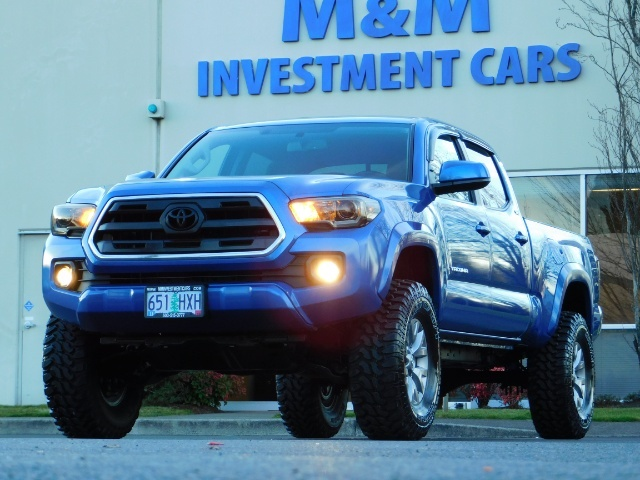 """2016 Toyota Tacoma Double Cab 4WD 1-Owner LIFTED 33 """"MUD FactroyWarnty - Photo 24 - Portland, OR 97217"""