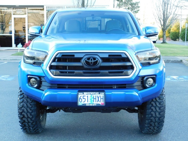 """2016 Toyota Tacoma Double Cab 4WD 1-Owner LIFTED 33 """"MUD FactroyWarnty - Photo 5 - Portland, OR 97217"""