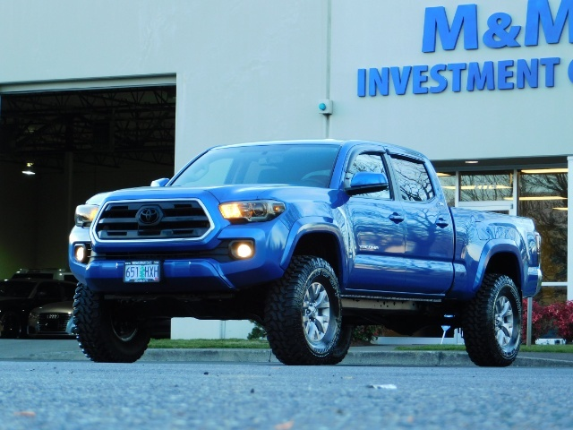 """2016 Toyota Tacoma Double Cab 4WD 1-Owner LIFTED 33 """"MUD FactroyWarnty - Photo 48 - Portland, OR 97217"""