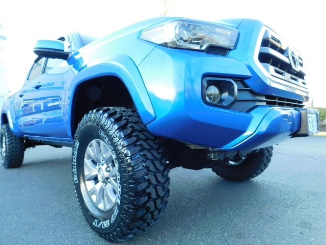 """2016 Toyota Tacoma Double Cab 4WD 1-Owner LIFTED 33 """"MUD FactroyWarnty - Photo 22 - Portland, OR 97217"""