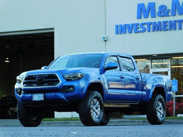 """2016 Toyota Tacoma Double Cab 4WD 1-Owner LIFTED 33 """"MUD FactroyWarnty - Photo 44 - Portland, OR 97217"""