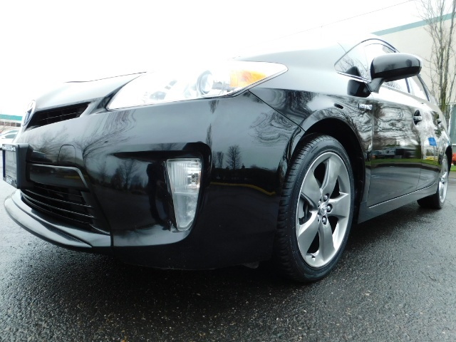 2013 Toyota Prius Persona Series SE / Leather / Navigation / Excel C - Photo 9 - Portland, OR 97217