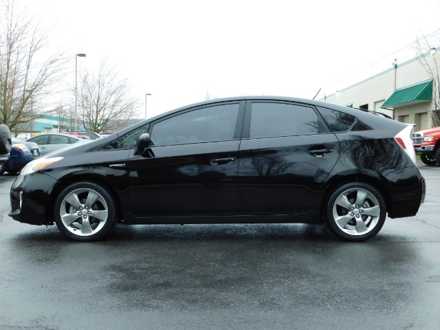2013 Toyota Prius Persona Series SE / Leather / Navigation / Excel C - Photo 3 - Portland, OR 97217