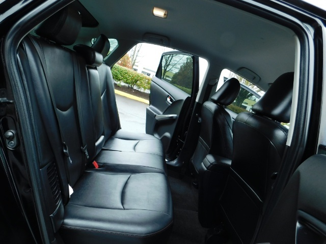 2013 Toyota Prius Persona Series SE / Leather / Navigation / Excel C - Photo 16 - Portland, OR 97217