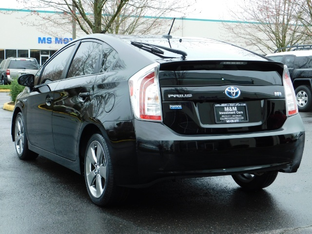 2013 Toyota Prius Persona Series SE / Leather / Navigation / Excel C - Photo 8 - Portland, OR 97217