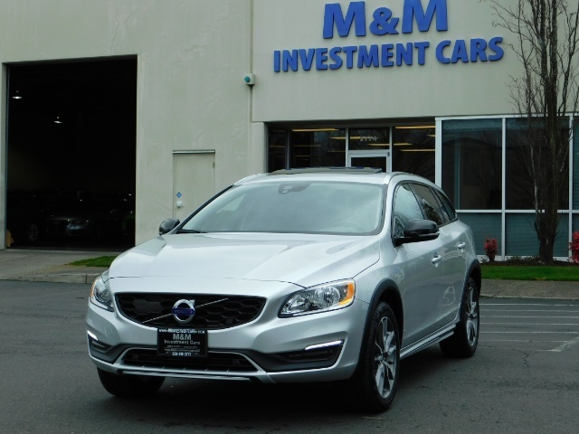 2017 Volvo V60 Cross Country T5 Premier / Cross Country / V60 / AWD / 1-OWNER - Photo 48 - Portland, OR 97217