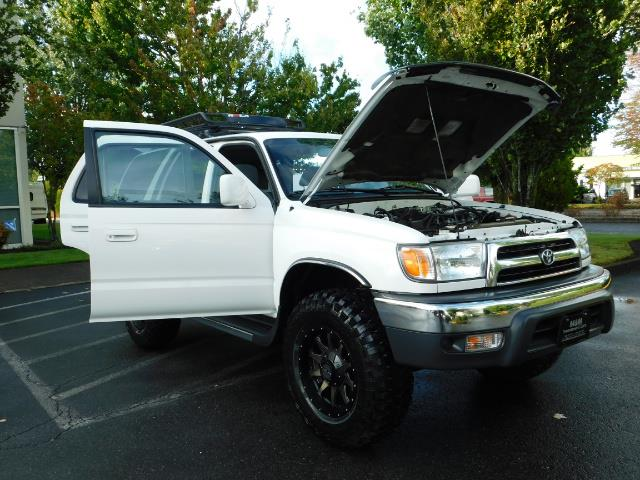 2000 Toyota 4Runner 4X4 / 3.4L V6 / LIFTED / 1-OWNER / 109,000 MILES ! - Photo 28 - Portland, OR 97217