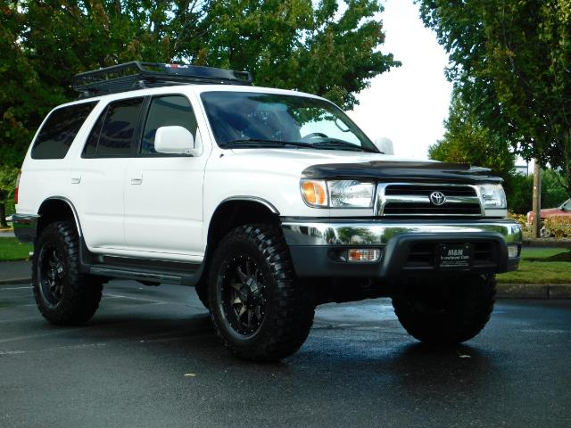 2000 Toyota 4Runner 4X4 / 3.4L V6 / LIFTED / 1-OWNER / 109,000 MILES ! - Photo 2 - Portland, OR 97217