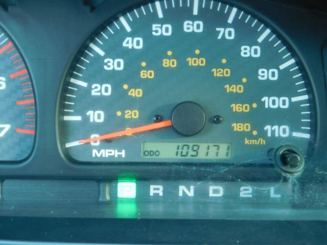 2000 Toyota 4Runner 4X4 / 3.4L V6 / LIFTED / 1-OWNER / 109,000 MILES ! - Photo 24 - Portland, OR 97217