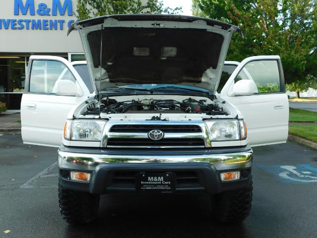 2000 Toyota 4Runner 4X4 / 3.4L V6 / LIFTED / 1-OWNER / 109,000 MILES ! - Photo 29 - Portland, OR 97217