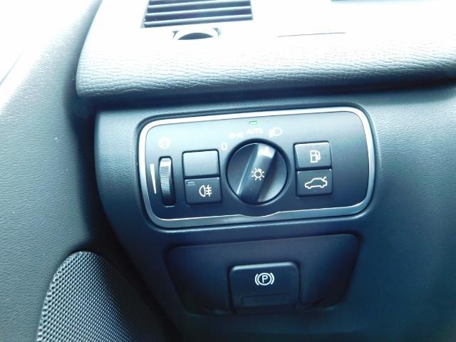 2017 Volvo XC60 T5 Inscription / AWD/ BLIS / Navi / Backup / Pano - Photo 18 - Portland, OR 97217