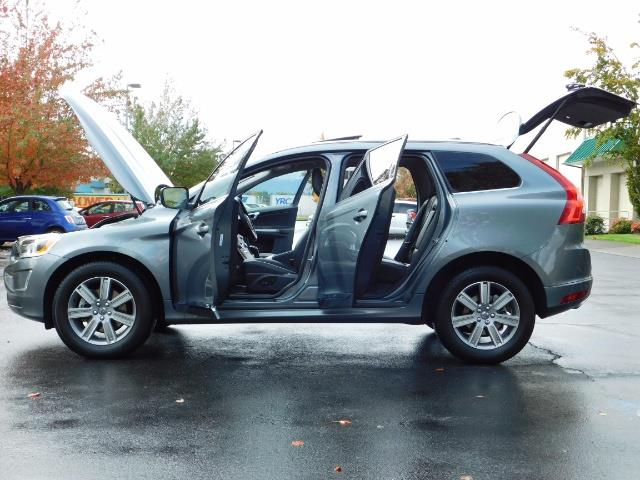2017 Volvo XC60 T5 Inscription / AWD/ BLIS / Navi / Backup / Pano - Photo 26 - Portland, OR 97217