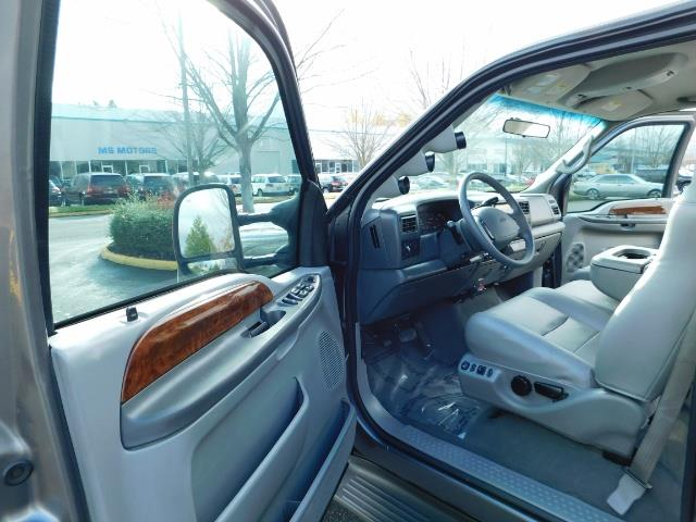 2002 Ford F-250 Super Duty Lariat 4dr / 4X4 / 7.3L Diesel / FX4 - Photo 13 - Portland, OR 97217