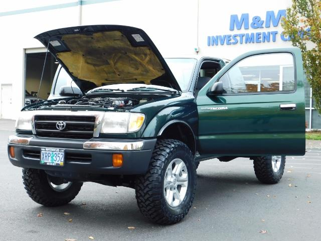 2000 Toyota Tacoma 4X4 V6 3.4L / MANUAL 5 SPEED / LIFTED / 103K MILES - Photo 32 - Portland, OR 97217