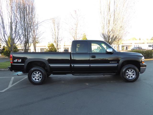 2002 Chevrolet Silverado 2500 LT 4dr Extended Cab / 4X4 / 8.1L 8Cyl / LONG BED