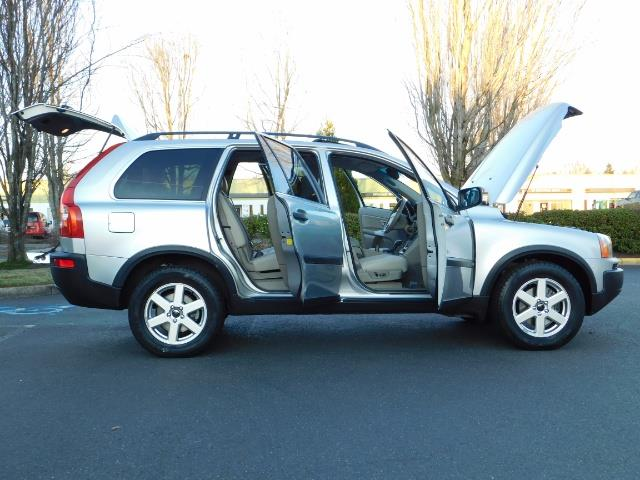 2004 Volvo XC90 2.5T / Leather / Heated seats / Rear DVD/ Low mile - Photo 30 - Portland, OR 97217
