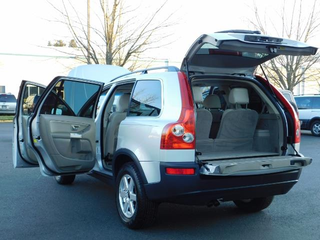 2004 Volvo XC90 2.5T / Leather / Heated seats / Rear DVD/ Low mile - Photo 27 - Portland, OR 97217