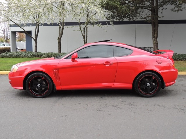 2003 Hyundai Tiburon GT V6/ Leather/Moonroof/6 SPD Manual   Photo