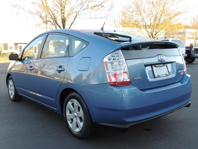 2006 Toyota Prius Hatchback Hybrid 1 Owner 79k Miles Photo 7