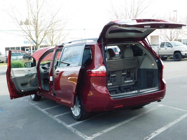2015 Toyota Sienna XLE Premium 7-Passenger / AWD / Navi  / 1-Owner - Photo 26 - Portland, OR 97217