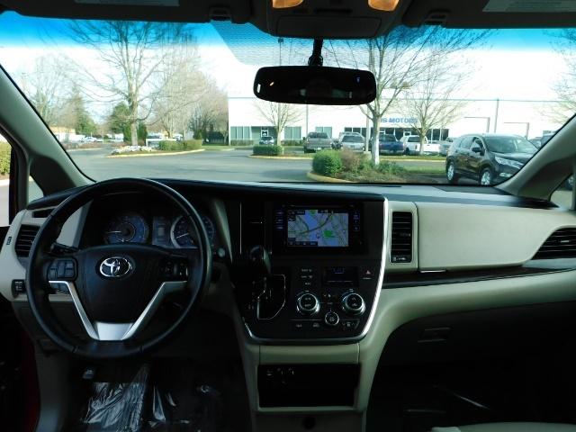 2015 Toyota Sienna XLE Premium 7-Passenger / AWD / Navi  / 1-Owner - Photo 35 - Portland, OR 97217
