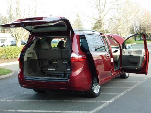 2015 Toyota Sienna XLE Premium 7-Passenger / AWD / Navi  / 1-Owner - Photo 28 - Portland, OR 97217