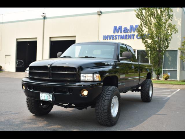 2001 Dodge Ram 2500 SLT Plus / 4X4 / 5.9L DIESEL / Leather / LIFTED - Photo 31 - Portland, OR 97217