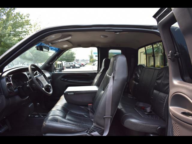 2001 Dodge Ram 2500 SLT Plus / 4X4 / 5.9L DIESEL / Leather / LIFTED - Photo 14 - Portland, OR 97217
