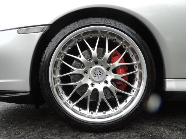 2002 Porsche 911 Turbo / AWD / 6-SPEED / Leather / Heaetd Seats - Photo 23 - Portland, OR 97217