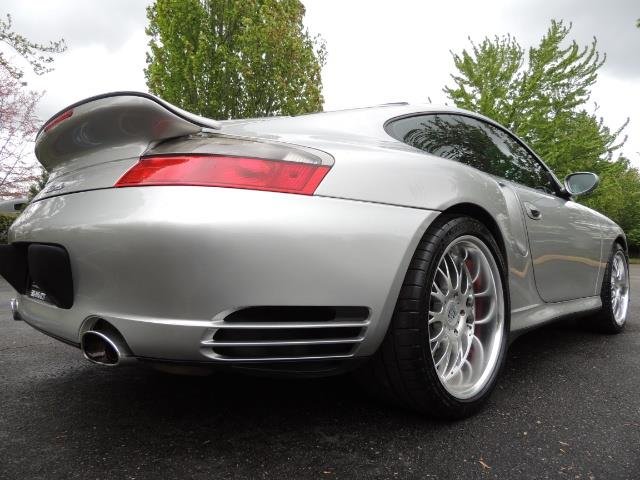 2002 Porsche 911 Turbo / AWD / 6-SPEED / Leather / Heaetd Seats - Photo 12 - Portland, OR 97217