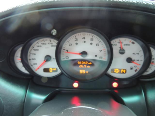 2002 Porsche 911 Turbo / AWD / 6-SPEED / Leather / Heaetd Seats - Photo 40 - Portland, OR 97217